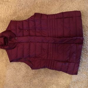 Women's Tommy Hilfiger puffy vest. Rosy red